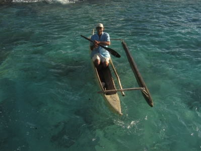 Papa Maio in his outrigger in the harbour 2004