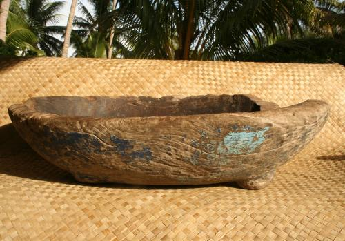 Bowl used with stone pounders to make local medicines